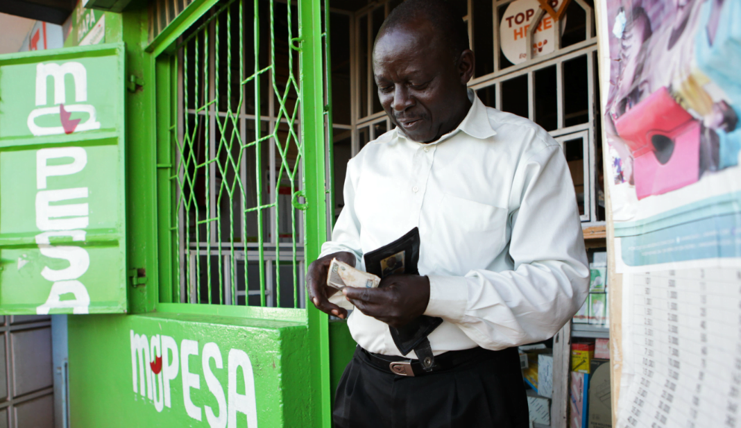 Living A Cashless Life - Looking At Some Of The Benefits of Using M-PESA