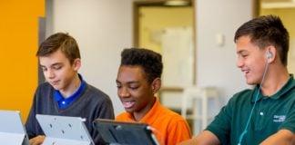 Microsoft-Kenya-Education-STEM-Classroom